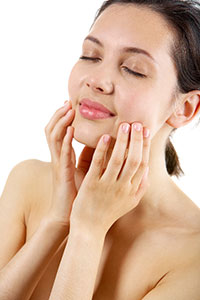 Regenique microdermabrasion, ultrasound, and a silicone mask
